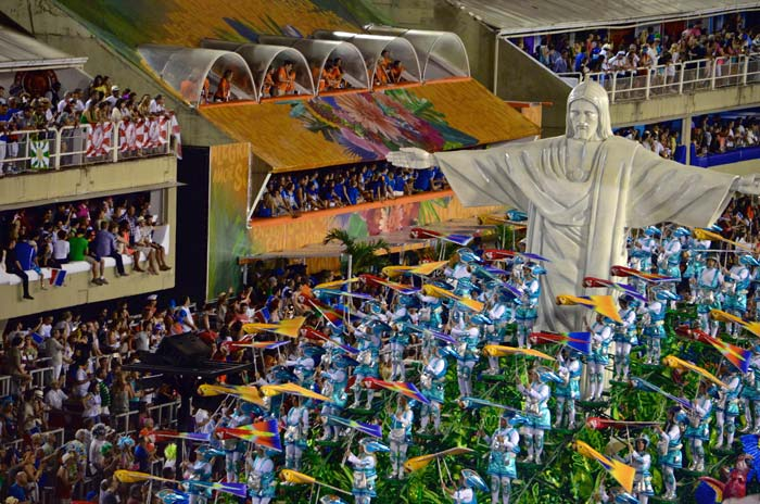 Celebrating carnival in Rio de Janeiro is one of the best activities in Brazil