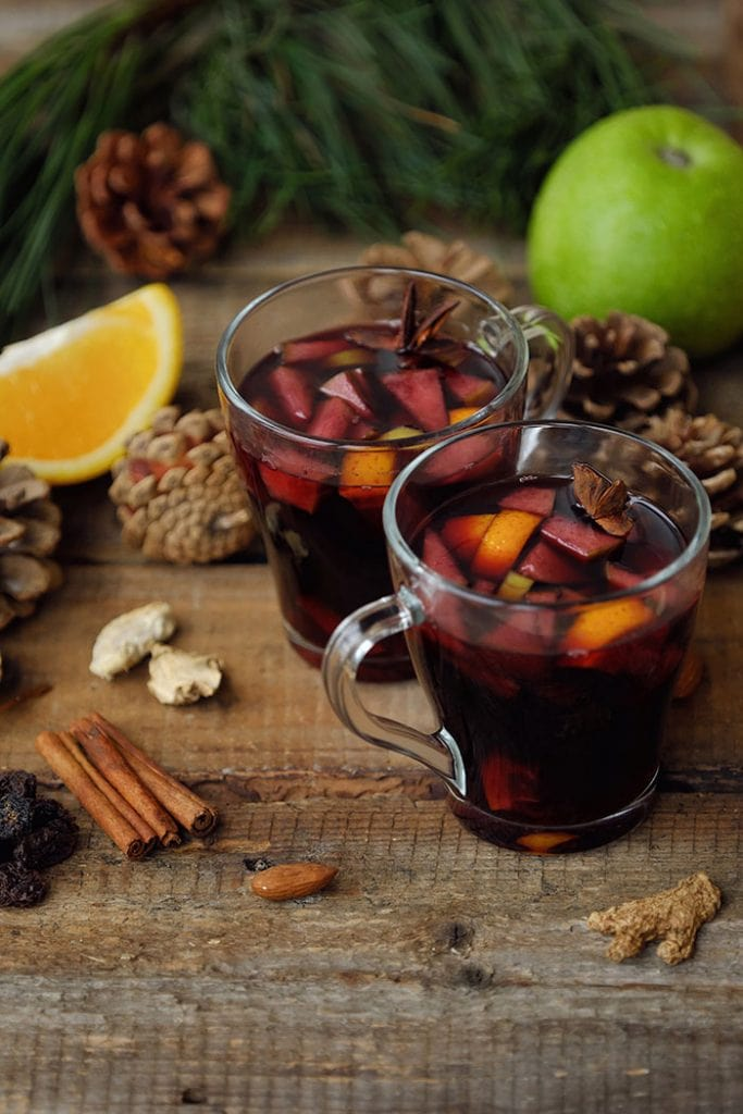 Vinho quente, tropical mulled wine from Brazilian