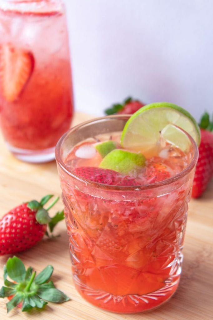 Caipiroska recipe is a Brazilian cocktail with vodka