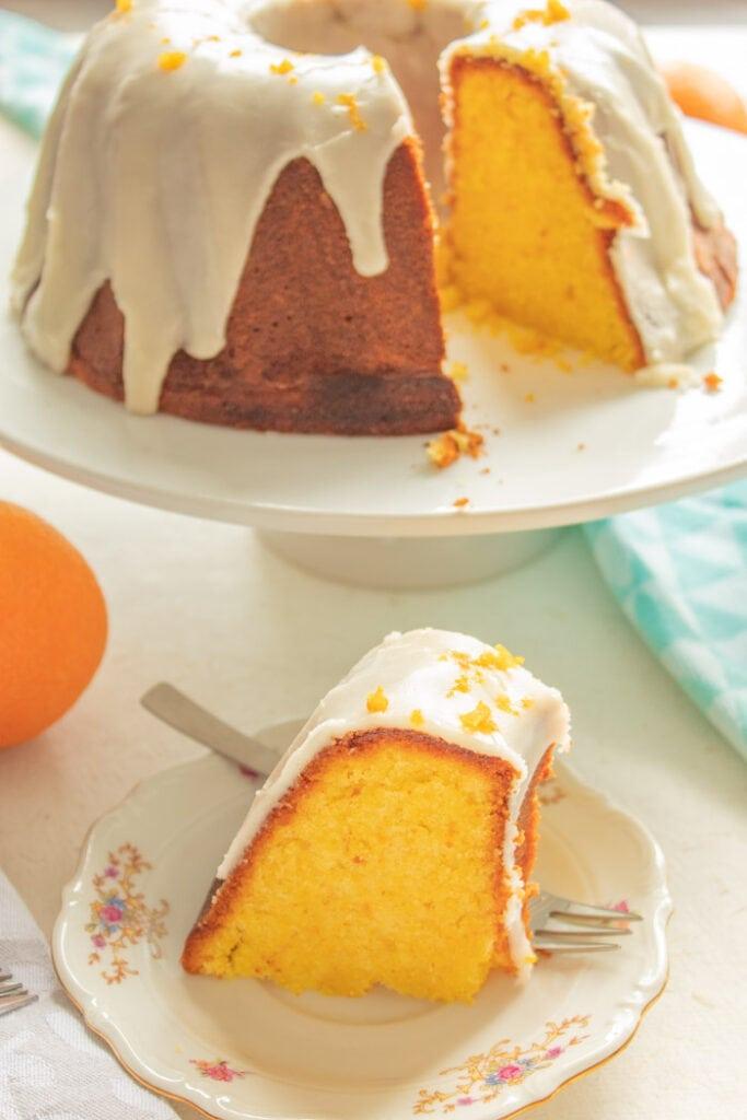 Brazilian orange cake on a cake stand