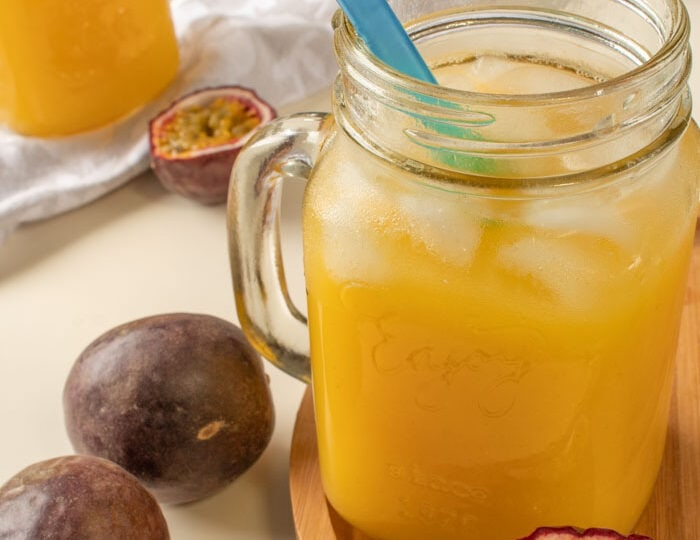 How to juice passion fruit