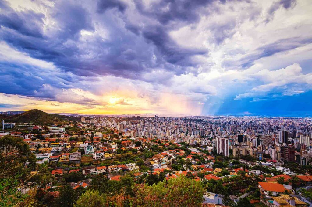 Taking photos at the Mangabeiras Lookout is one of the fun things to do in Belo Horizonte, Brazil