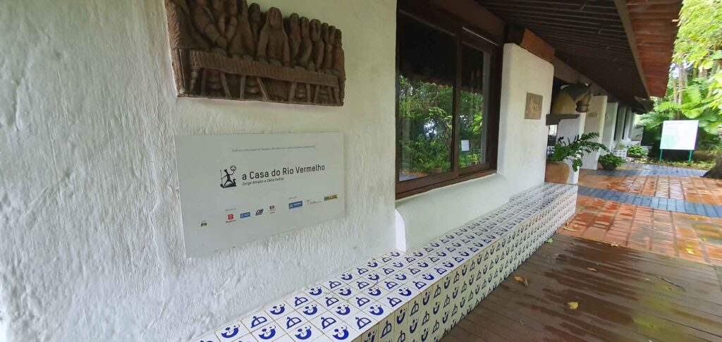 Learning about the history and work of Brazilian Writers in Rio Vermelho House is one of the best things to do in Salvador, Brazil