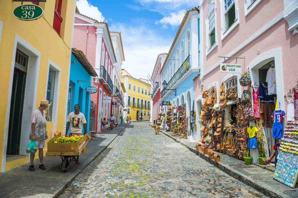 Souvenir shops selling bags and local handicrafts in Pelourinho.