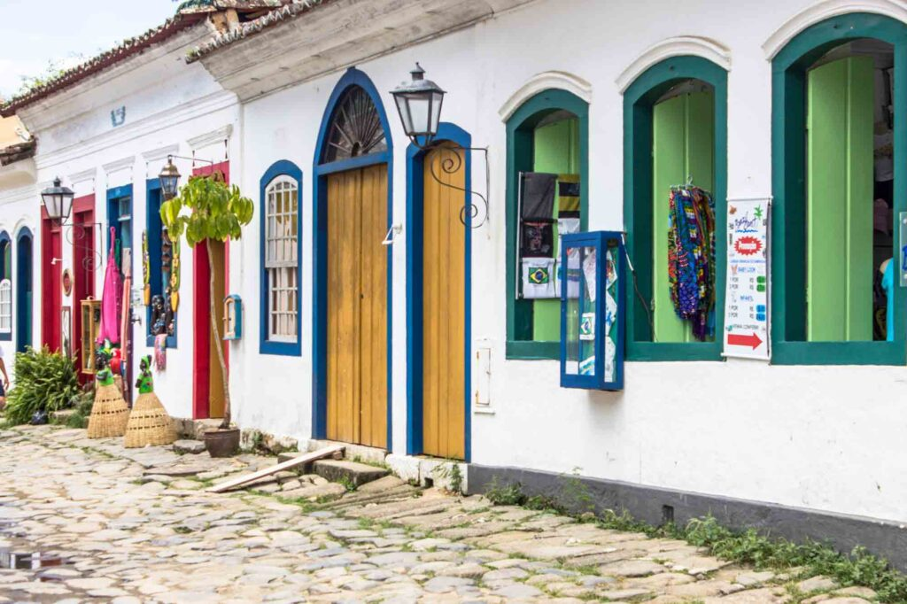 Shopping at Lapa and Comércio Streets is one of the cool things to do in Paraty, Brazil