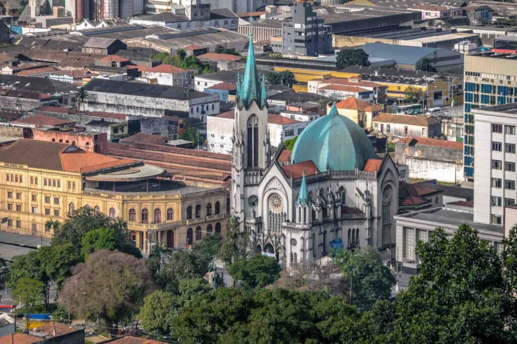 Going on a city tour with Linha Conheça Santos is one of the best things to do in Santos, Brazil